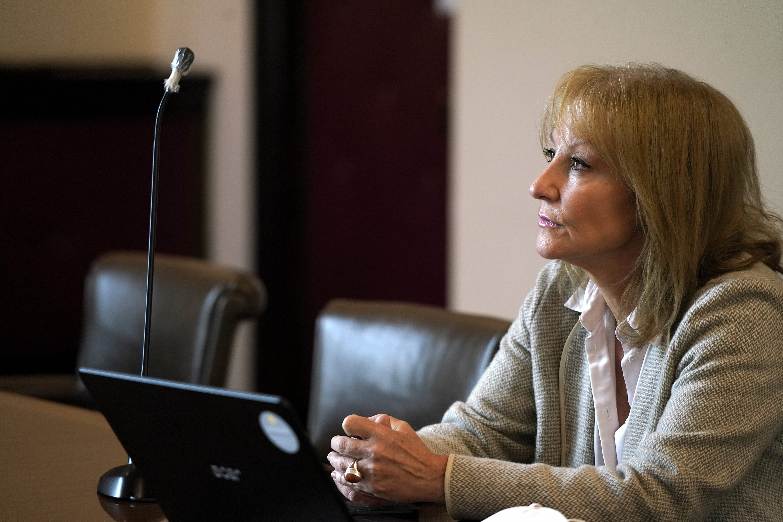 Reunión de Carolina Cosse con el representante de OEI en Uruguay, Sebastián Velesquen.