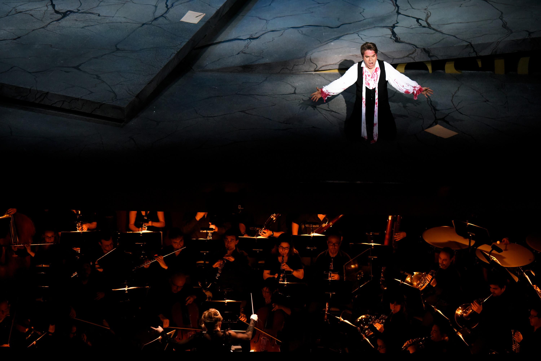 Estreno de la opera Tosca en el Teatro Solis