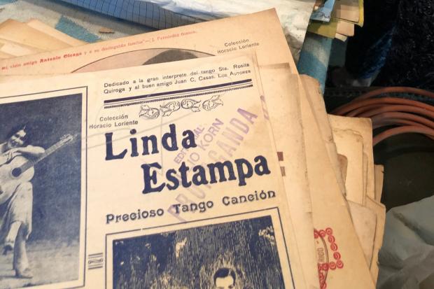 Preservación de la colección privada de tango de Horacio Loriente