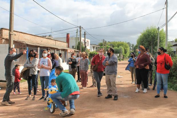 Recorrida por asentamientos Las Cañas y 12 de Octubre
