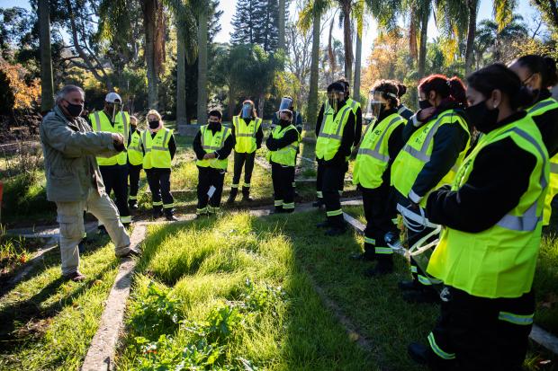 Trabajos en Jardín Botánico en el marco del Programa ABC Oportunidad Trabajo