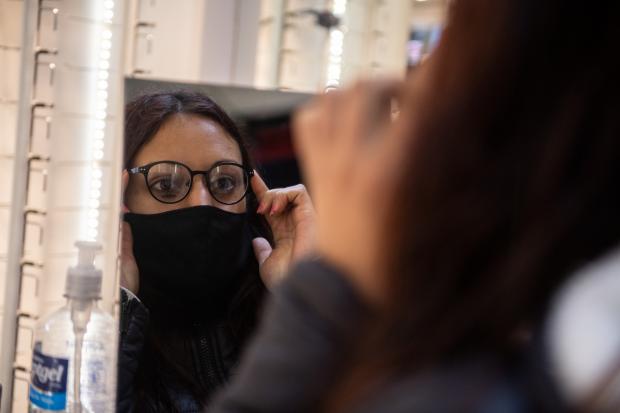 Pesquisa oftalmológica a participantes del Programa ABC Oportunidad Trabajo