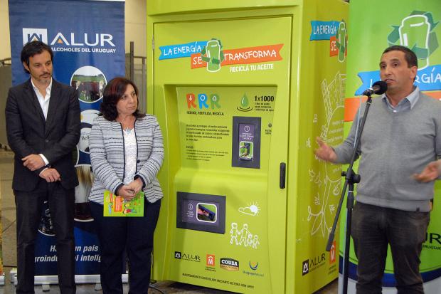 Comienza reciclaje de aceite de cocina en montevideo for Reciclar aceite de cocina