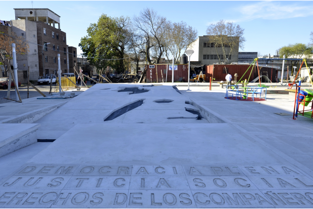 """Plaza José """"Pepe"""" D'Elia"""