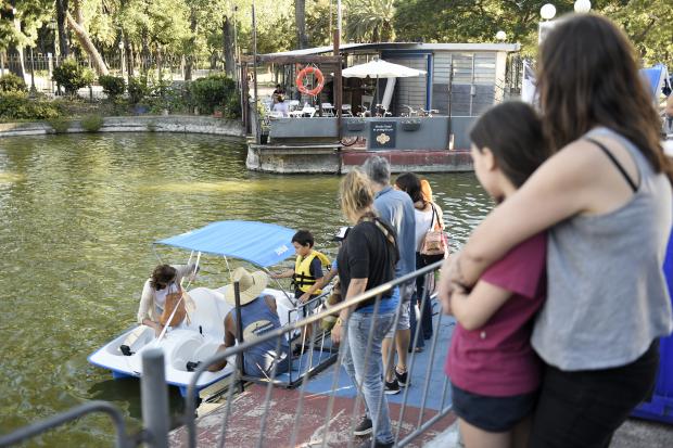 Inauguración de los nuevos servicios en el lago del Parque Rodo