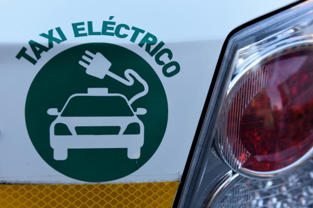 Presentación de nuevos taxis eléctricos