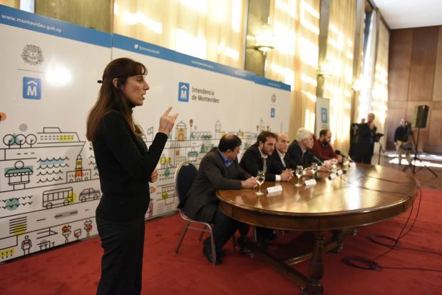 Conferencia de prensa por ingreso de funcionarios con discapacid