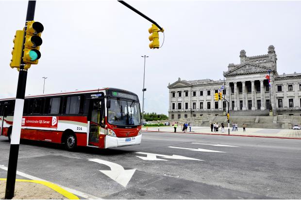 Inauguracion semaforos en Palacio Legislativo