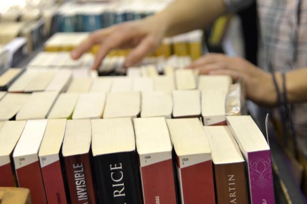 Feria del libro 2015 en atrio de Intendencia de Montevideo