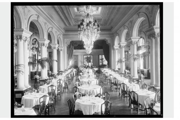 Comedor. Piano Nobile. Hotel Carrasco. Año 1921