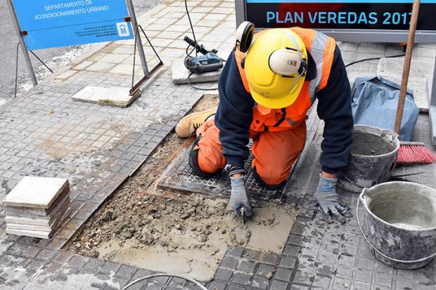 Montevideo Mejora Plan Veredas Av.18 de Julio