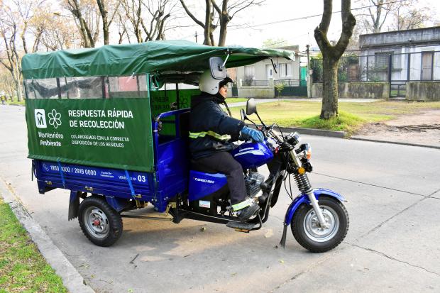 Sistema de limpieza por motocarros