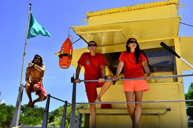 Guardavidas en Playa Verde