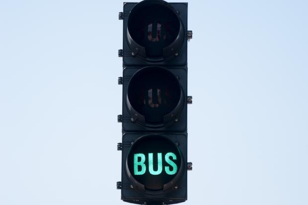 Semáforo en Corredor Garzón