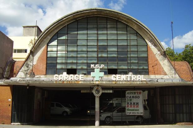 Inventario básico se bienes de interés departamental: Garage Ministerio Salúd Pública