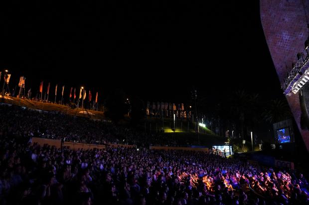 Teatro de Verano en la  primera rueda del Concurso Oficial de Carnaval 2019.