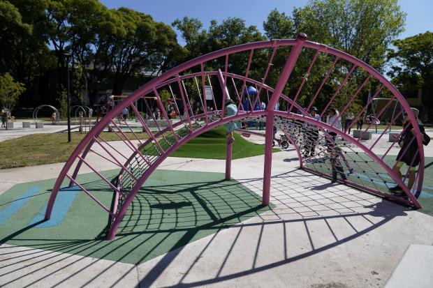 Inauguración de obras en rincón infantil del Parque Rodó