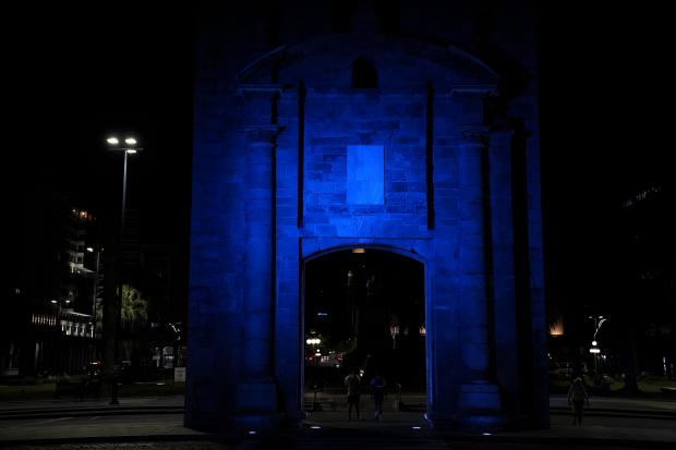 Intervención lumínica por el Día Mundial de Concientización sobre el Autismo