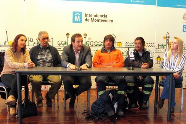 Reunion entre la Intendencia de Montevideo, UCRUS y la organizacion Basta de TAS.