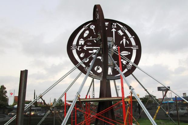 Restauración escultura El árbol de la vida y el tiempo