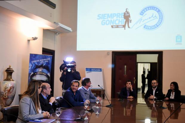 Anuncio de compromiso con la Fundacion Gonchi Rodriguez