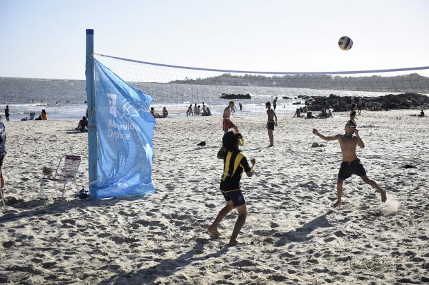 Actividades deportivas en la playa Santa Catalina