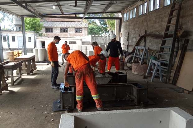 Jornada de aprendizaje de llenado de hormigón del Servicio de Obras