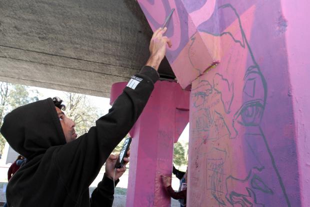 Comienzo de intervención artística en el Viaducto de Paso Molino