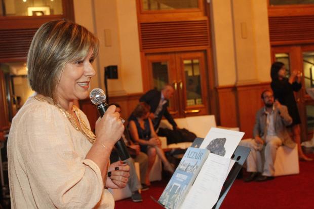 Lanzamiento de revista Altair sobre Montevideo
