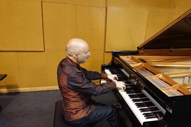 Ciclo internacional de piano