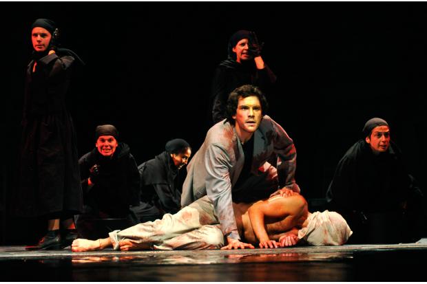 FERNANDO VANNET. La Orestíada, de Esquilo. Dirección: Levón. 2012. Foto: Gustavo Castagnello.