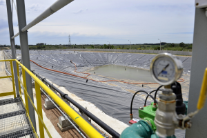 Inauguracion planta residuos industriales. Camara de Industria.