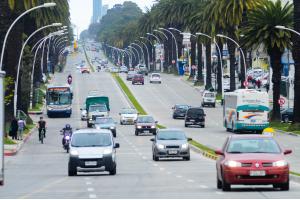 Movilidad transito cambio velocidad Bulevar Artigas
