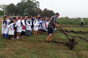 Visita escolar al Pagro