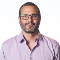Director de Tierras y Hábitat Sebastián Moreno