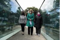 Intendenta Carolina Cosse visita el memorial de los Detenidos Desaparecidos