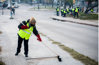 Cuadrilla de limpieza del Programa ABC Trabajo en la Calle Iguá