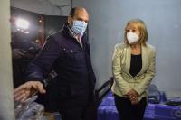 Intendenta Cosse asiste a refugio nocturno del MIDES en el Velódromo