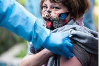 Vacunatorio móvil contra gripe y Covid-19