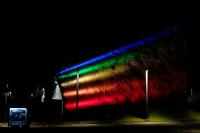 Iluminación de el Teatro de Verano por Mes de la Diversidad