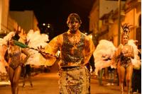 Comparsa Kalema, en la previa del Desfile de Llamadas.