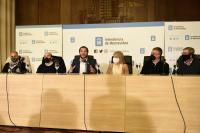 Firma de compromiso Montevideo por una campaña limpia y responsable