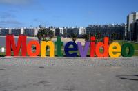 Intervención en Cartel de Montevideo
