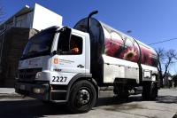 Camion lava contenedores