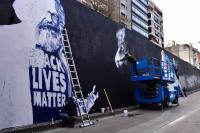 Murales sobre Marx en el tunel de 8 de Octubre