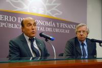 Conferencia Daniel Martinez y Danilo Astori