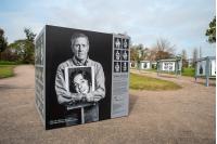 Intervención fotográfica móvil de la muestra «Imágenes del silencio »