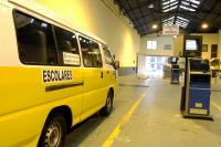 Inspección de camionetas de transporte escolar