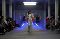 Desfile de FUEGA, cooperativa de diseño trans