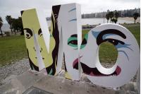 Homenaje a Mario Benedetti e Idea Vilariño en Cartel de Montevideo